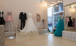 Ellis Luxury Ceremony Arad:Ellis-Luxury Ceremony, Magazin multibrand destinat ceremoniei de lux, Arad