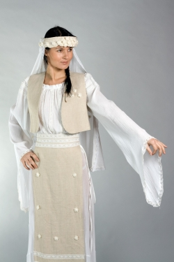 Costum Popular Leontina Prodan Timisoara:Costum Popular Leontina Prodan Timisoara, Rochii de mireasa, costum popular, nunta traditionala, port national