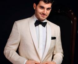Seroussi Timisoara:Seroussi, Costume barbati, costume de mire, business si casual, accesorii, pantofi, Timisoara
